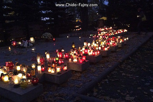polish-candles-cemetery-y