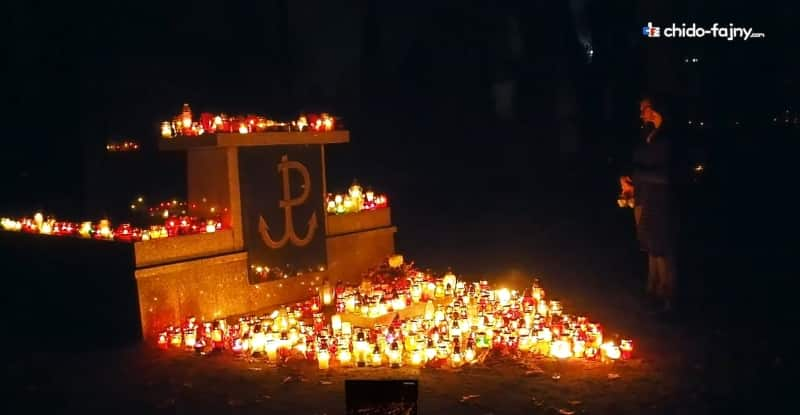 cemetery-warsaw-uprising-min
